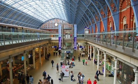 St_Pancras_railway_station_London